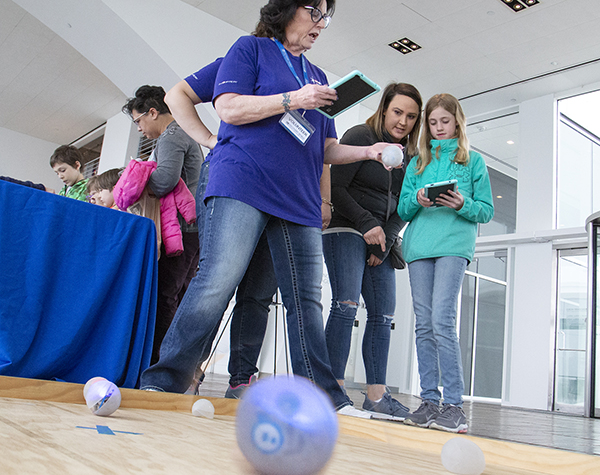 Sphero Golf at Discovery World